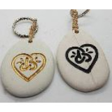 Stone - Words Keyring - Heart - Black